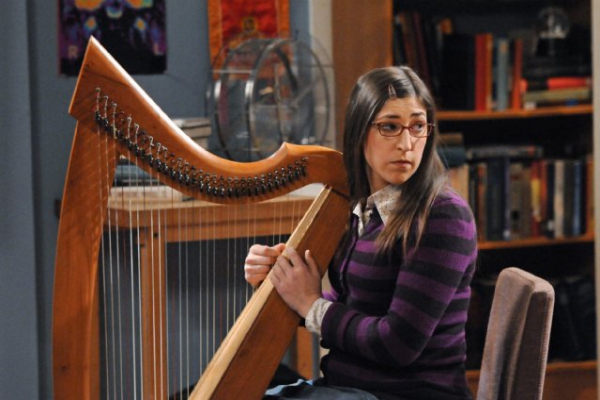 Mayim Bialik (Amy, THE BIG BANG THEORY)