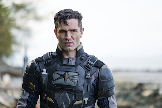 SUPERGIRL Season 4 Finale: 'The Quest for Peace' Photos