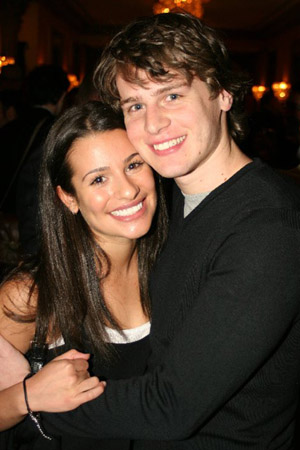 http://www.givememyremote.com/remote/wp-content/uploads/2009/10/lea-michele-jonathan-groff.jpg