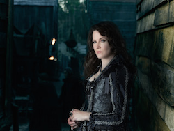 Lucy Lawless_SALEM II copy