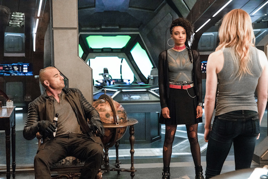 ARROW, LEGENDS OF TOMORROW, MANIFEST