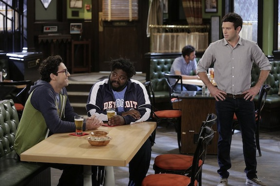 Undateable: 'Three's a Crowd'