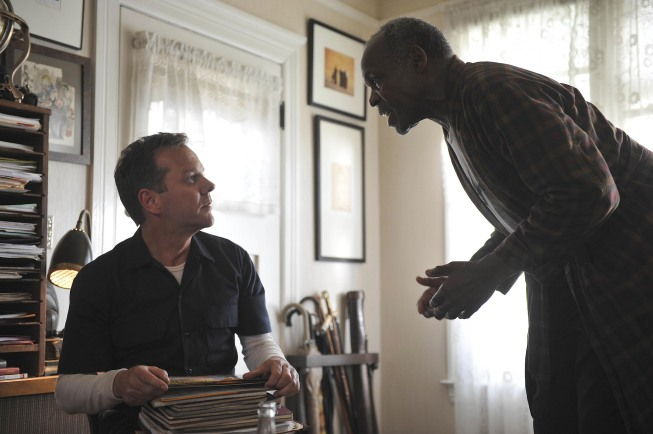 TOUCH: Martin (Kiefer Sutherland, L) discusses Jake's case with Arthur Teller (guest star Danny Glover, R) in TOUCH which debuts with a special preview Wednesday, Jan. 25 (9:00-10:07 PM ET/PT) and then makes its series premiere Monday, March 19 (9:00-10:00 PM ET/PT) on FOX.  ©2012 Fox Broadcasting Co.  Cr:  Richard Foreman/FOX