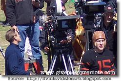 John Krasinski and George Clooney in Leatherheads (1)